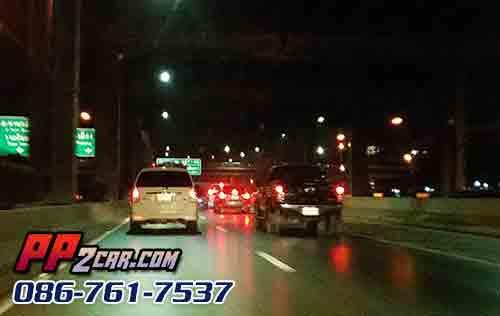 การขับรถกลางคืน